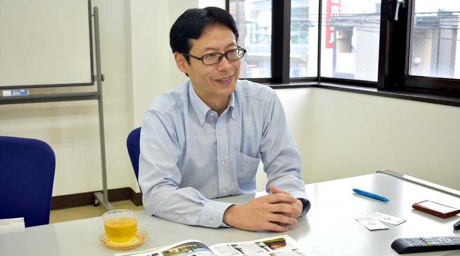 業務部ITプロジェクト推進室 担当室長 岡崎 様